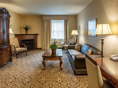 1 & 2 Bedroom Suites room at AmishView Inn & Suites