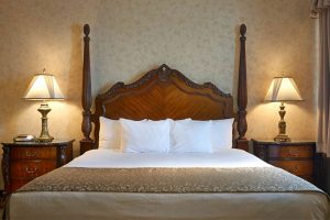 Double Queen bed at AmishView Inn & Suites