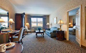 AmishView Inn & Suites hotel room